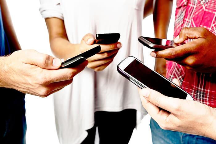 簡単に出来る合コン後の連絡先交換の3つの注意点とその後の連絡方法